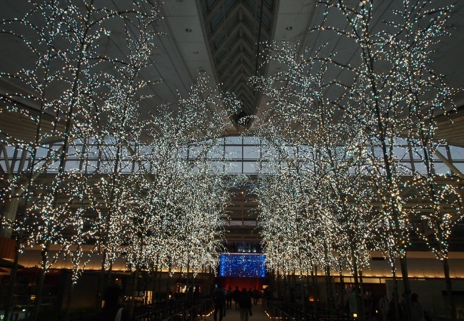 Japanese shopping centre christmas
